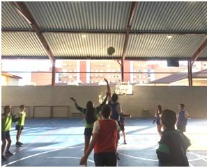 Partido de Colpbol del Colegio Las Rosas de Madrid_2