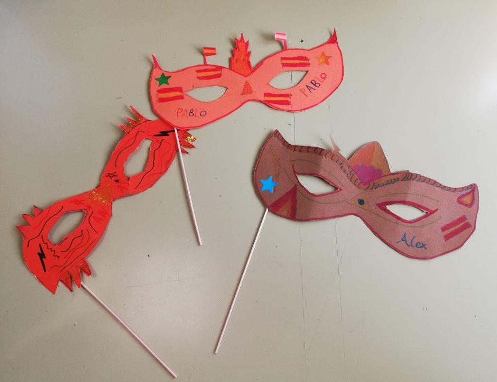 Manualidades de Carnaval de 4º de Primaria del Colegio Las Rosas de Madrid_1